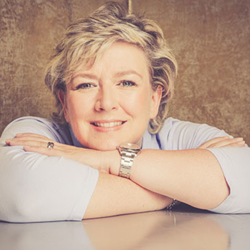 <b>Simone Hoff</b> - Diplom-Kauffrau (FH), Europa-Sekretärin - Schlemmerträume ... - marion-schmidt-foto.1024x1024