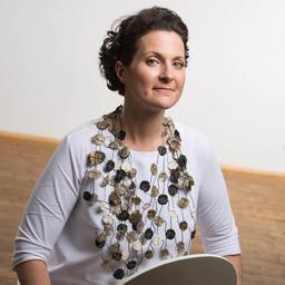 Dr. Nina Langoth-Fehringer