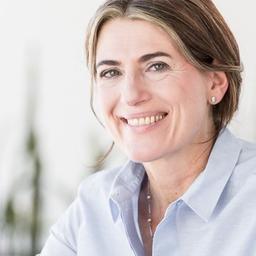 Dr. Claudia Maria Wolf