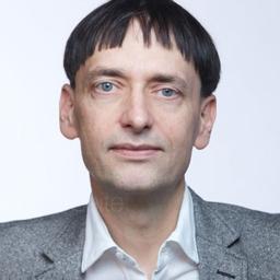 Dr. Maximilian Hoyer