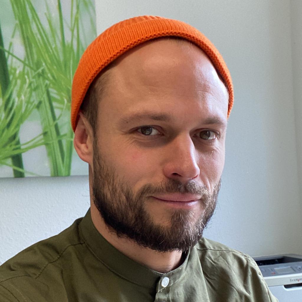 Henning Laumann - Finanz- und Anlageberater - tecis AG | XING
