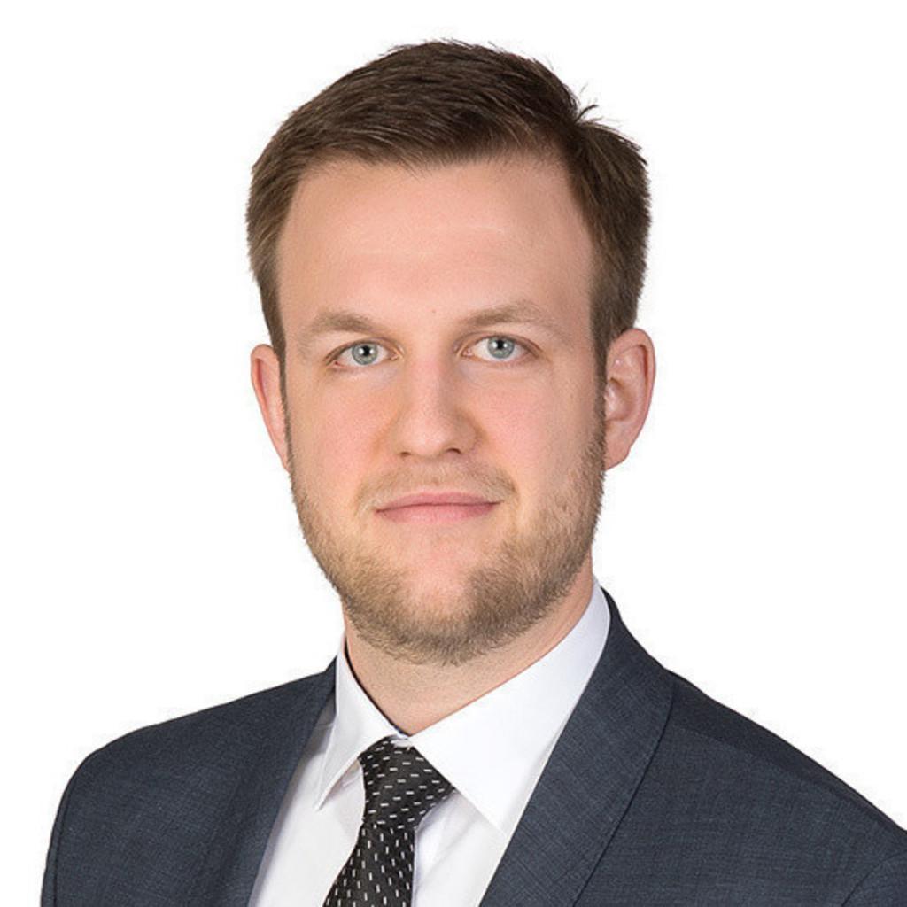 Phillip Möller philipp möller junior consultant fourmanagement gmbh xing