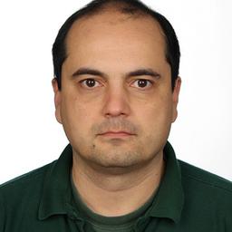 Dr. Predrag Knezevic - DataStax - Darmstadt