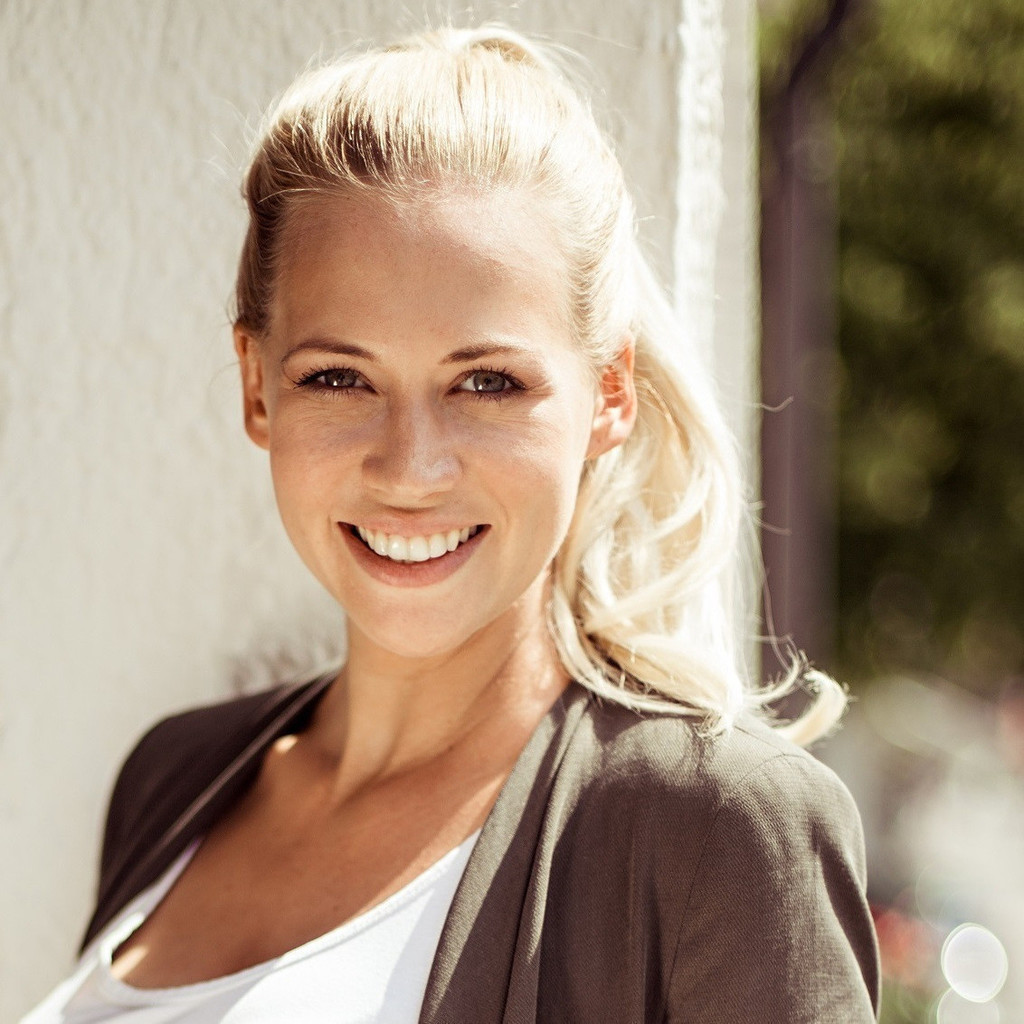 Aline Tausch - Engagement Managerin - Netlight Consulting