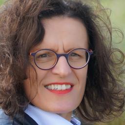 Liliane Hoyer - Com Center Dr. Hoyer Stuttgart - Stuttgart
