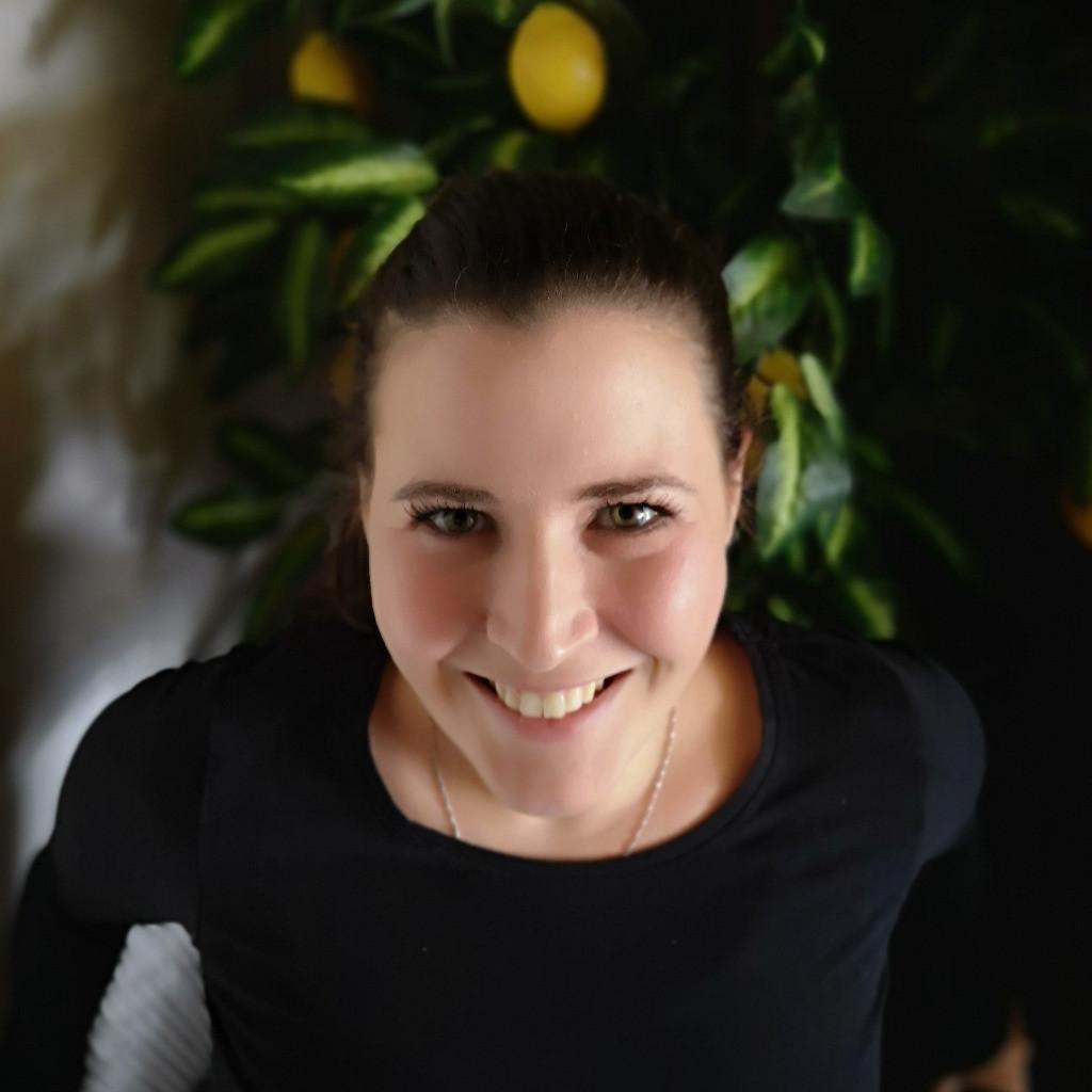 Lisa schwab beschaffungslogistik supply chain kare for Kare design gmbh