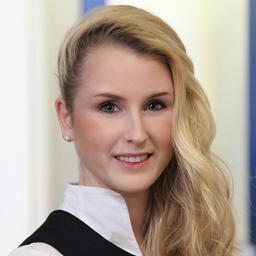 Laura Stein Filialdirektorin Deutsche Bank Privat Und