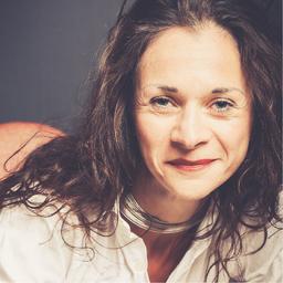 Mag. Bernadette Ana Bruckner - Speakers Spotlight - wir setzen Dich in Szene! - weltweit