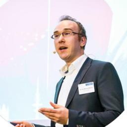 Dr. Matthias Mertens