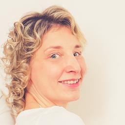 Dana Hesse