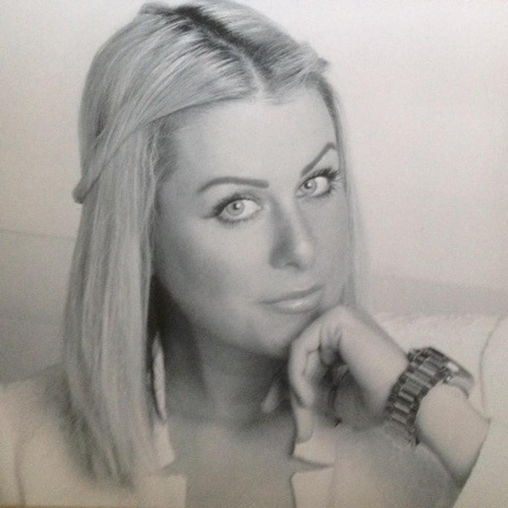Laura witte bekleidungstechnische assistentin abschluss for Modeschule frankfurt