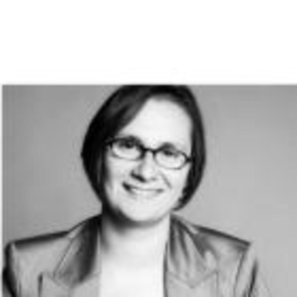 Dr sylvia schattauer vorstandsstab fraunhofer for Ingenieur materialwissenschaften