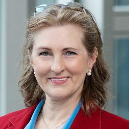 Prof. Dr Sabine M. Fischer - SYMFONY Consulting - Wien