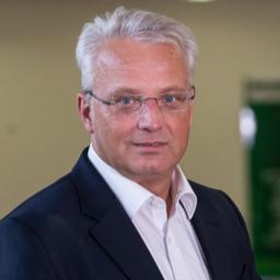 Michael Splitt - BESTMINDS GmbH Executive Search - Berlin