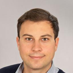 Dr. Michael Maurer
