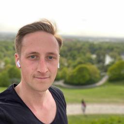 Tobias Meschkat - FOM Hochschule für Oekonomie & Management - München