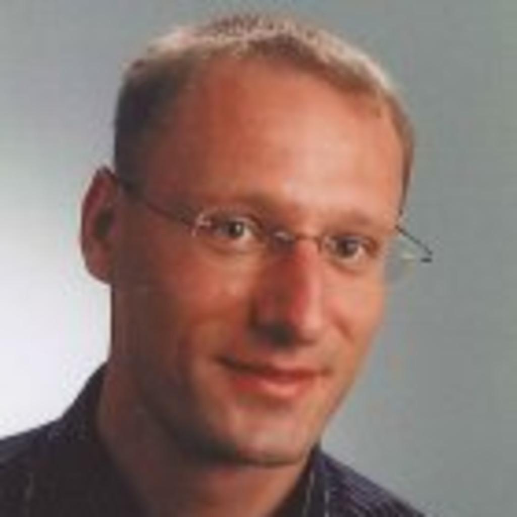 Matthias vogt bauingenieur konstruktiver ingenieurbau for Bekannte produktdesigner
