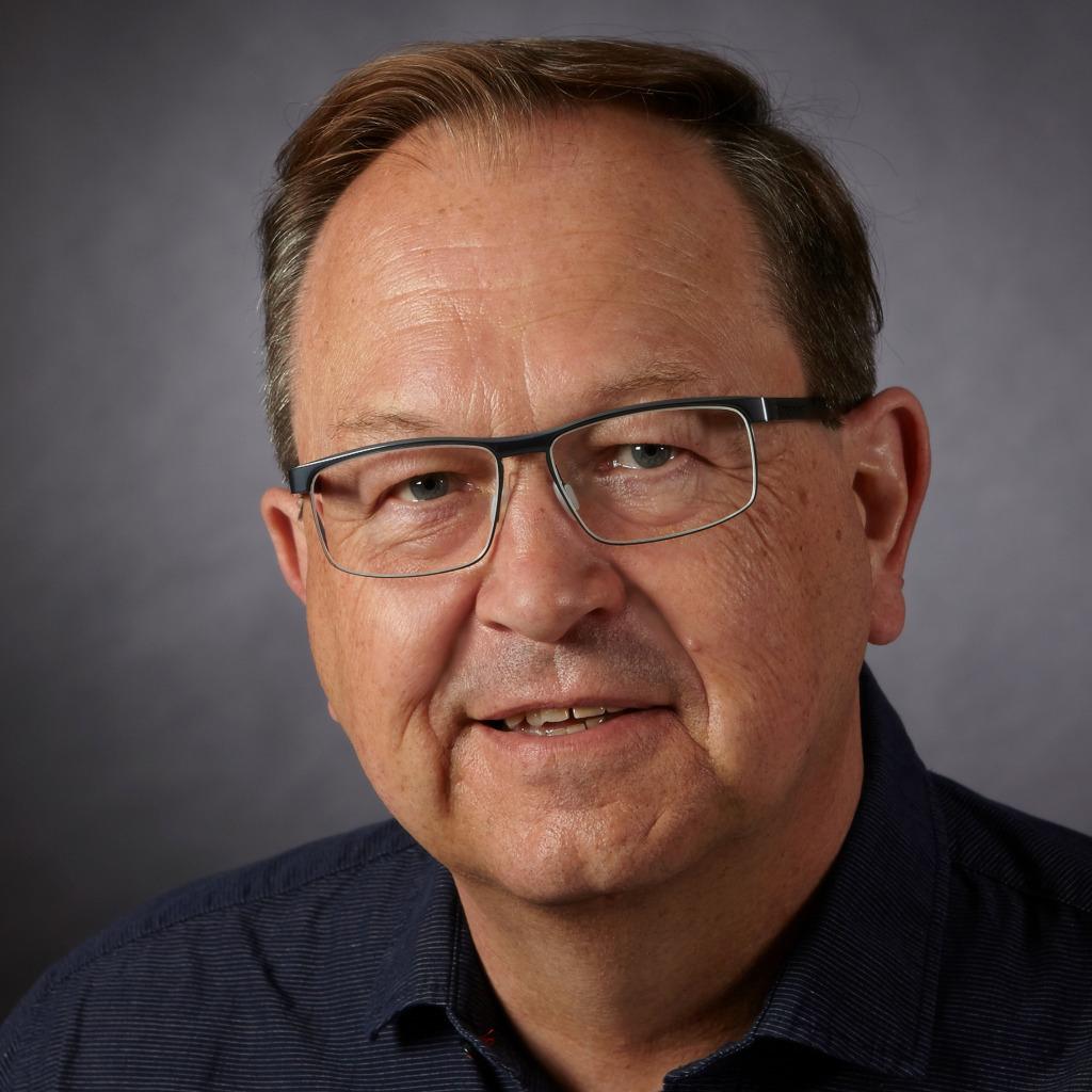 Reinhardt hartmann gesch ftsf hrer hartmann solutions - Hartmann mobelwerke gmbh ...