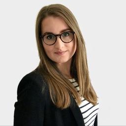 Elena Aracena - VR-NetWorld GmbH - Bonn