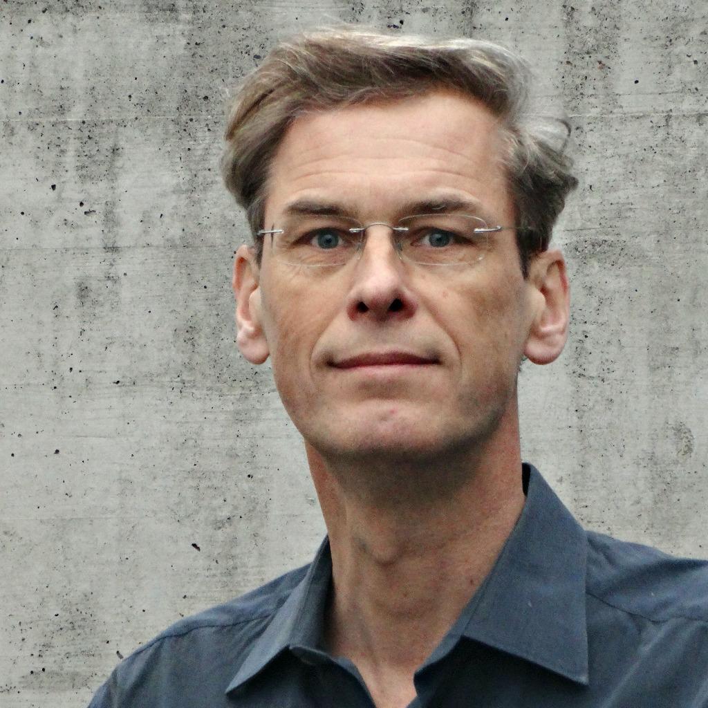 Tillmann Fuchs