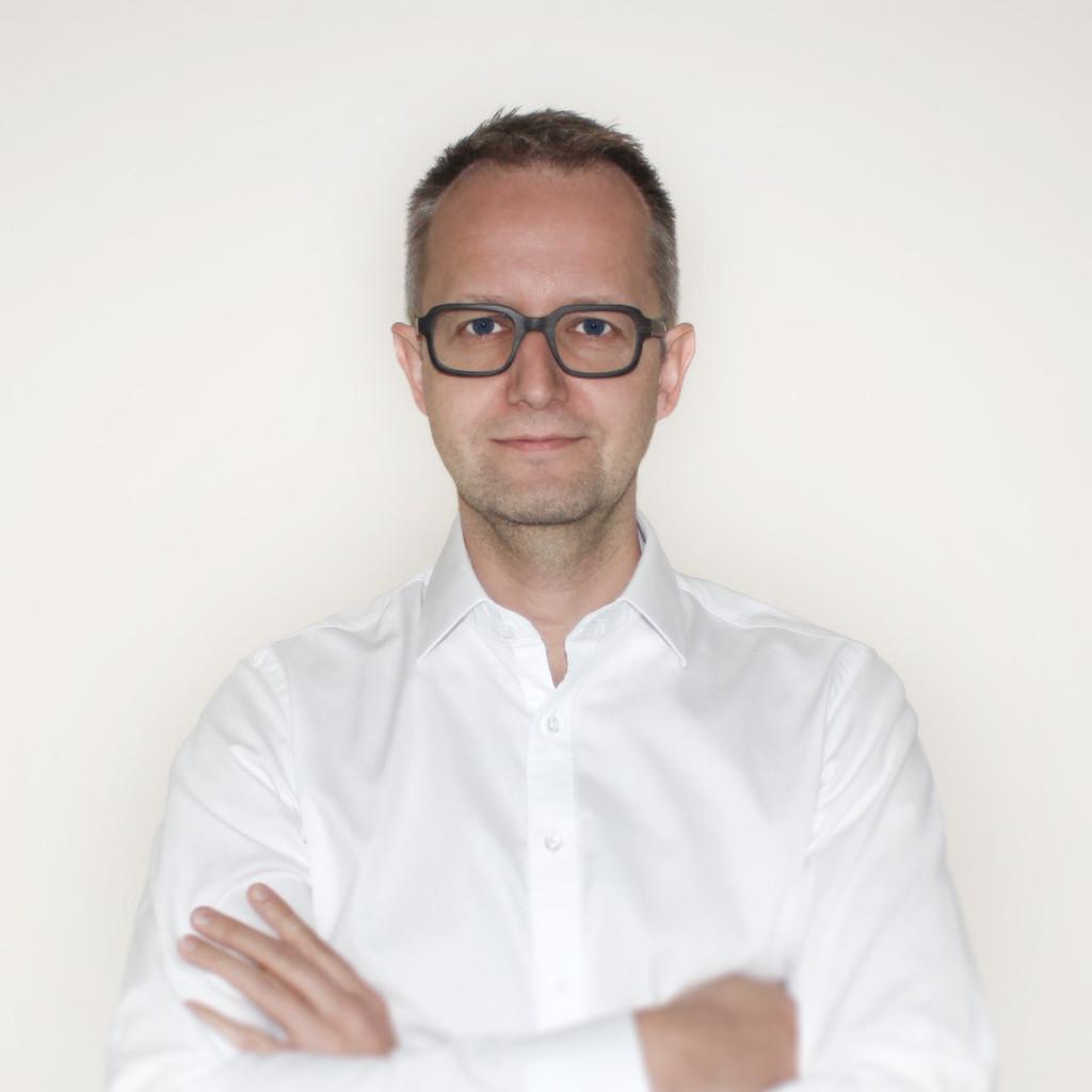 Peter ganster gesch ftsf hrer g branding og xing for Buero zwo design