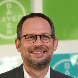 Oliver Gierlichs - Bayer West-Central Africa S.A. - Abidjan