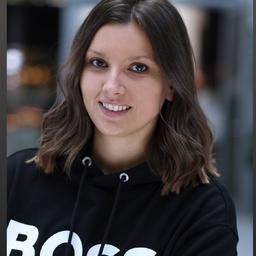 Xenia Neumann