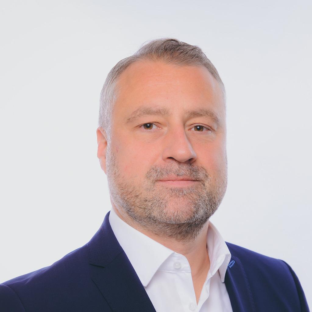 Makler Mülheim An Der Ruhr florian klatt leiter strategische kunden deutschland deas