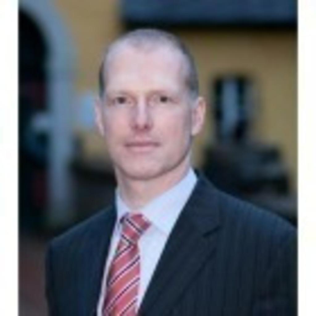 Bernd Brauer Head Of Automotive Amp Leisure Business Commerz Finanz Gmbh Xing