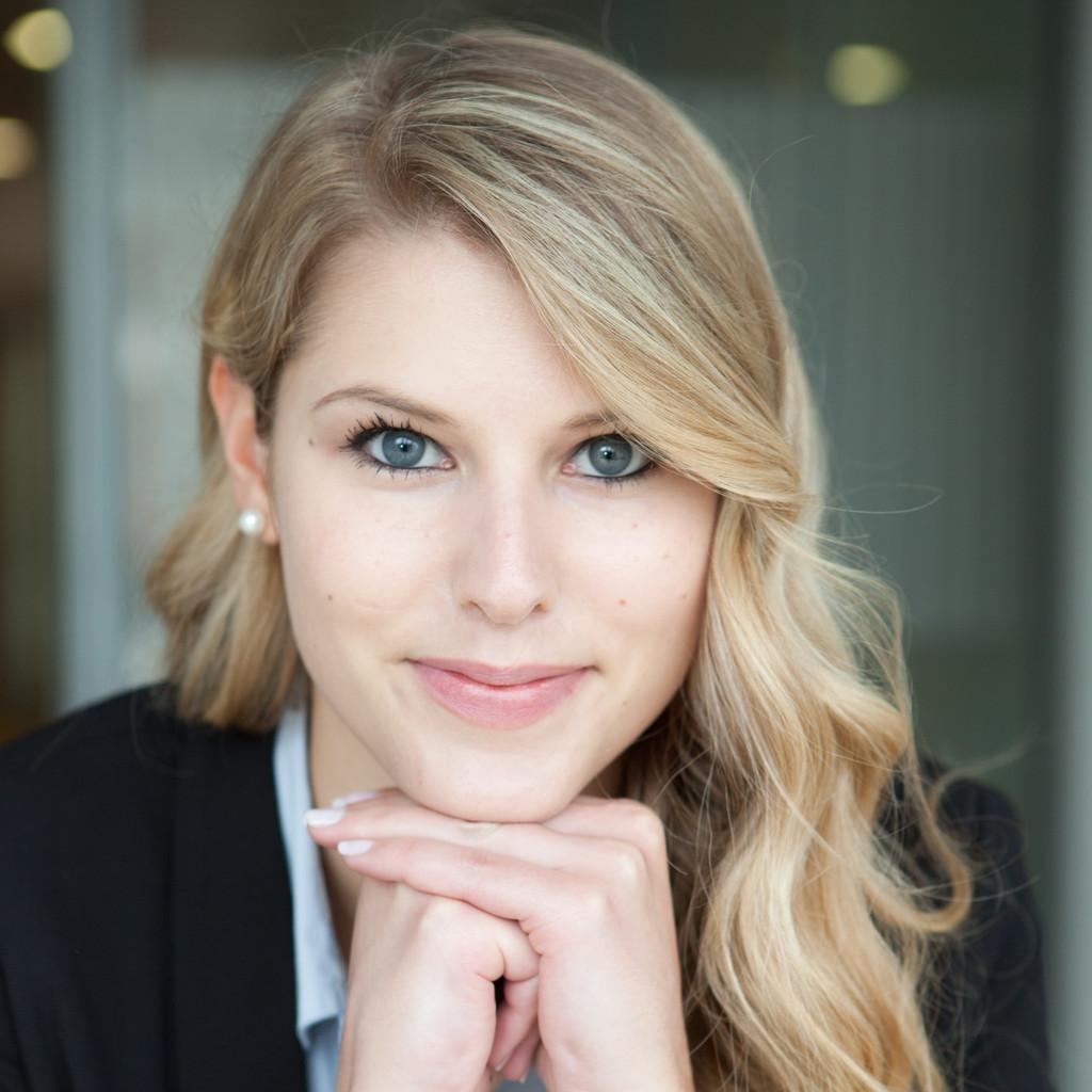 Corinna Koch Junior Account Manager Arvato Financial