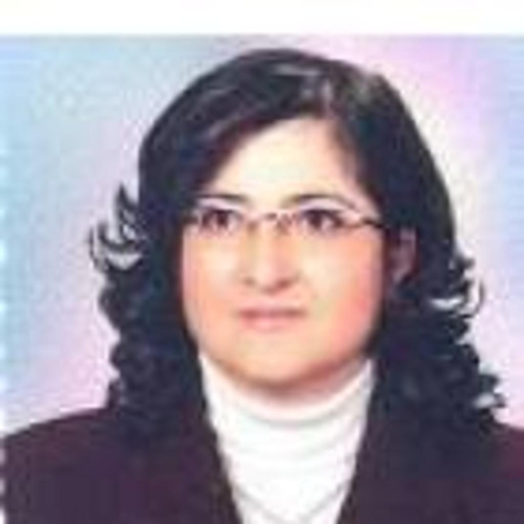 <b>Ali Bilgili</b> - Prof. Dr. (Öğretim Üyesi) - Ankara Üniversitesi Veteriner ... - m%C3%BCnevver-%C3%B6zcan-foto.1024x1024