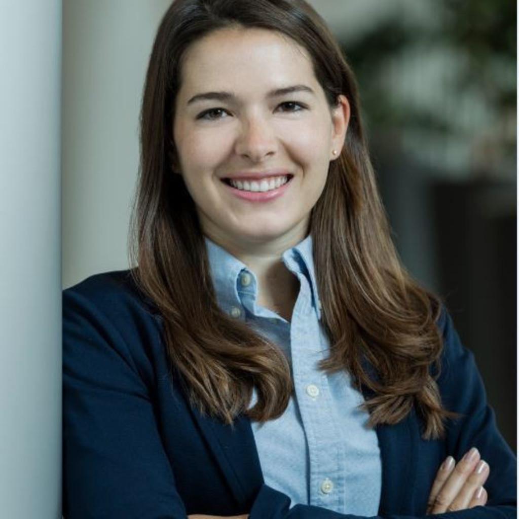 <b>Melanie Baron</b> - Beraterin - Adecco Personaldienstleistungen GmbH | XING - sybille-inkoferer-foto.1024x1024