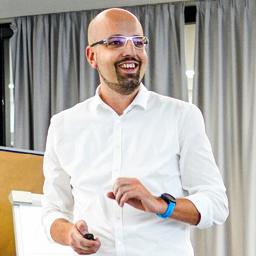 Peter Hertlein - REHAU AG + Co. - Erlangen
