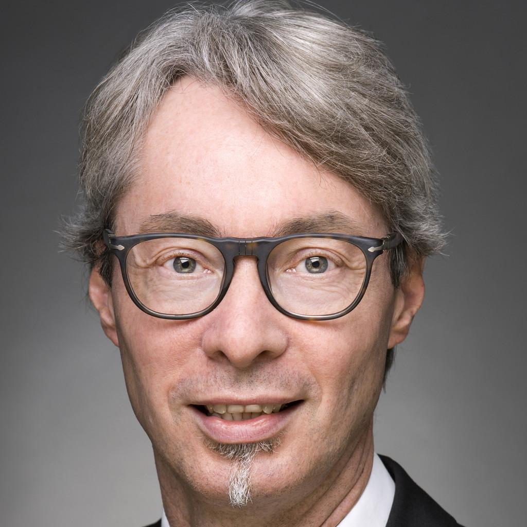 Richard weller gesch ftsf hrer alpha immobilien for Weller frankfurt
