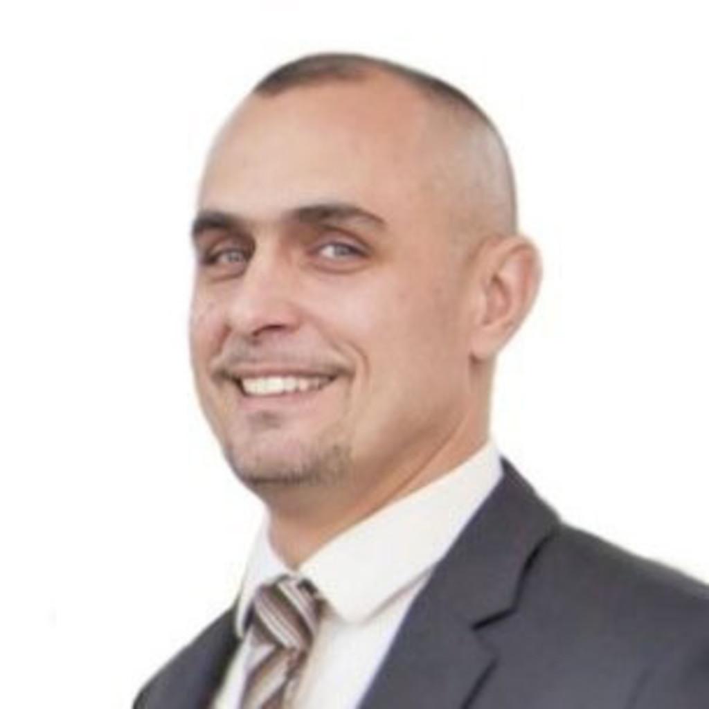 <b>Philippe Fontenelle</b> - Directeur des Opérations - Florette Deutschland | XING - julien-cartier-foto.1024x1024