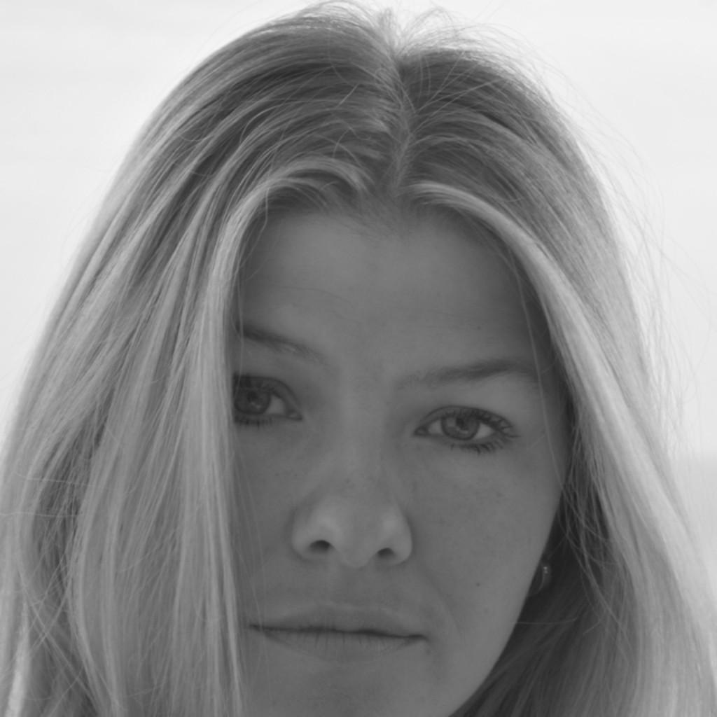 Melanie belger innendesignerin fov90 die for Innendesigner werden