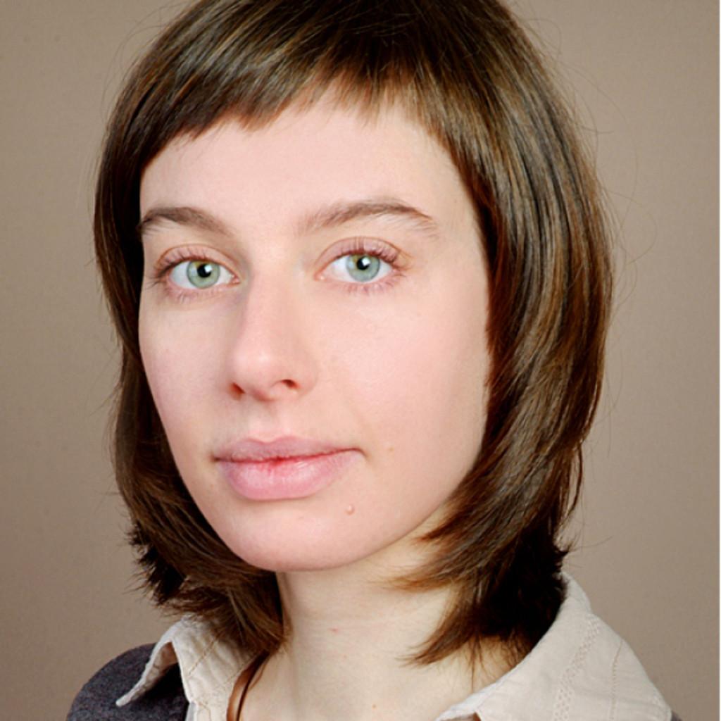 Claudia Neumann Privat