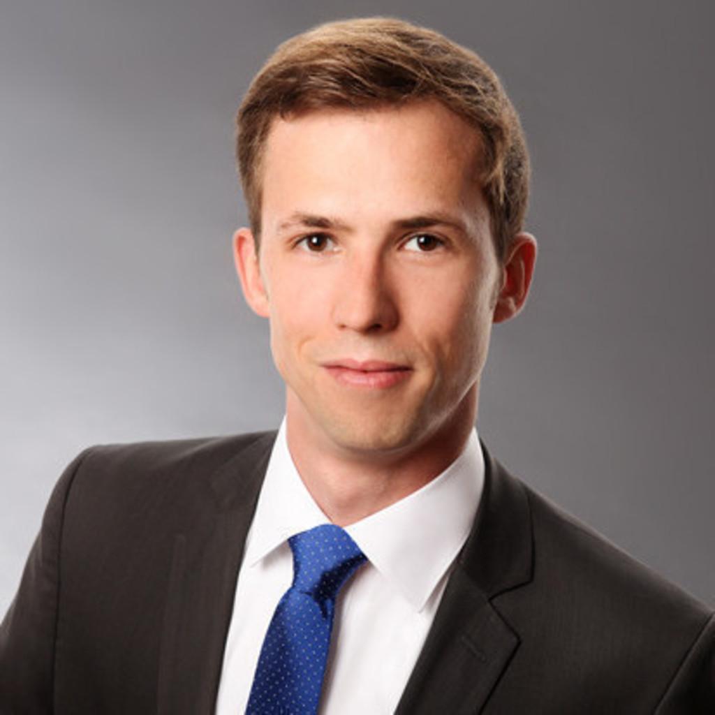 Christoph becherer rechtsanwalt freshfields bruckhaus for Juristischer mitarbeiter