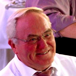 Klaus-Dieter Heine - MedikaDat Ltd. - Leverkusen