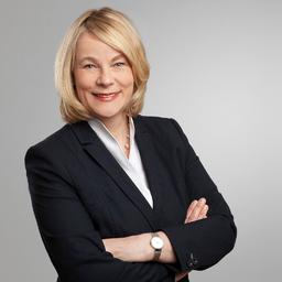 Bettina Karsten - Head of HR for HSS - HSBC Trinkaus