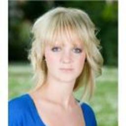 Janine Holst