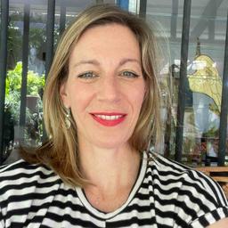 Dr Nina McDonagh - PUNKT.Kommunikation - Berlin