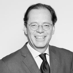 Philip Benussi - Connect & Develop - Benussi & Benussi GmbH & CoKG - München