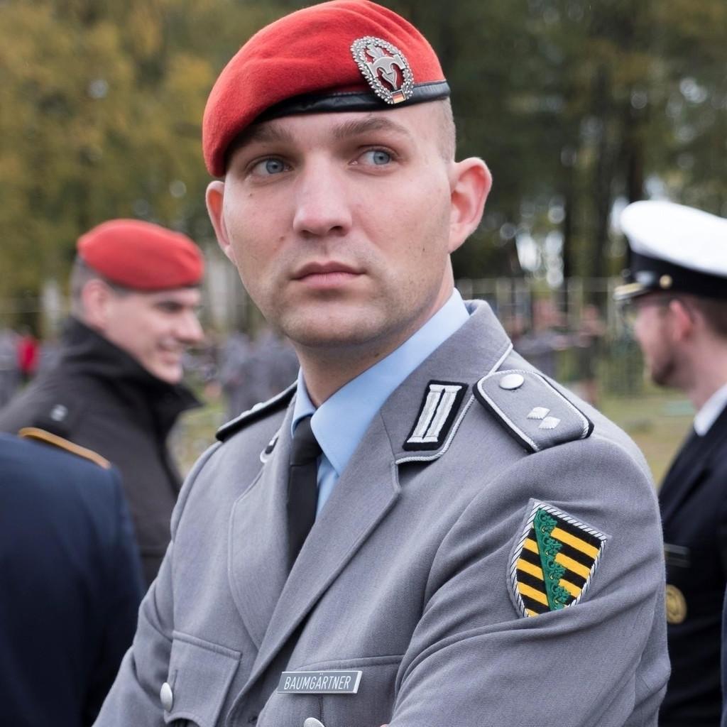 Alexander Baumg Rtner Jugendoffizier Bundeswehr Xing