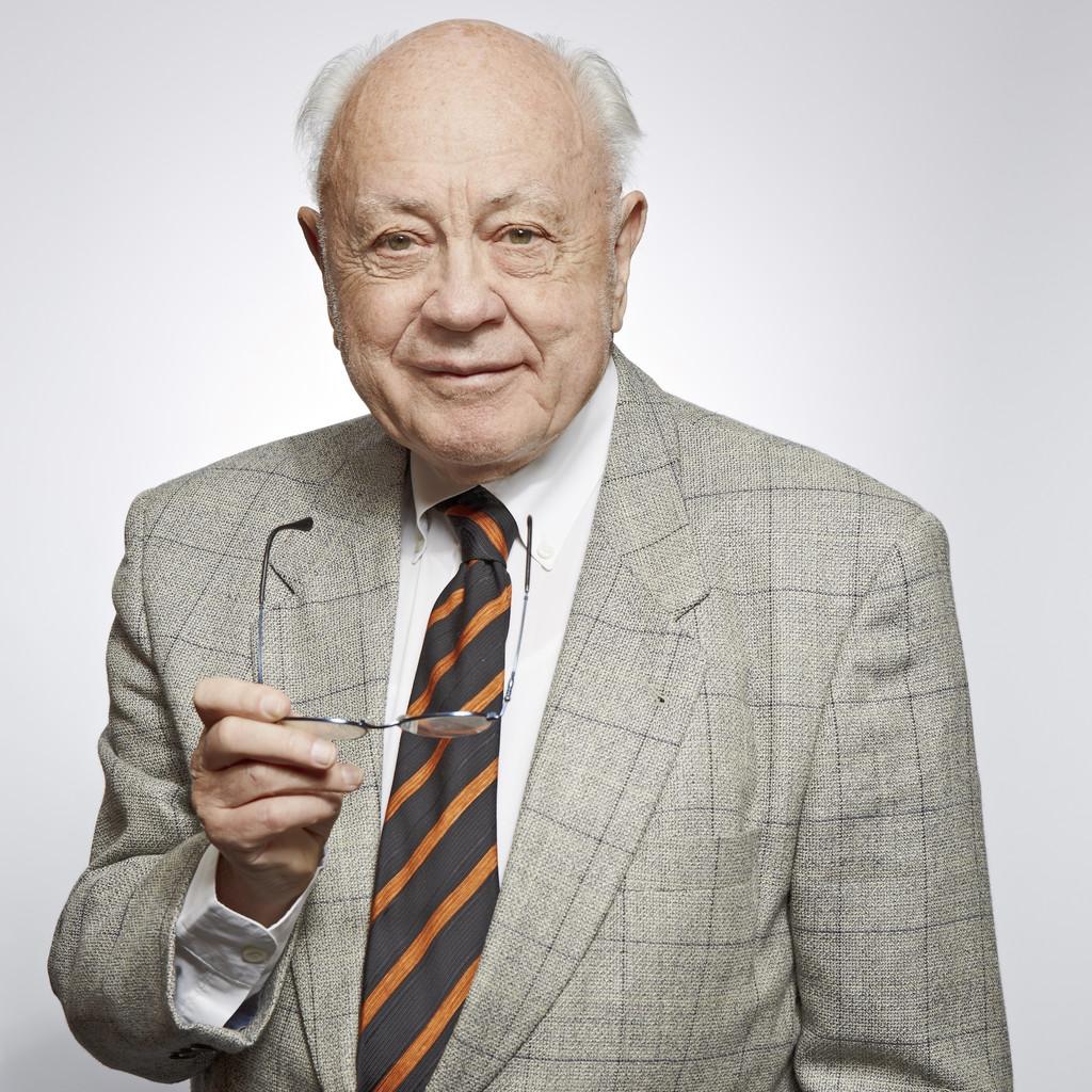 Dr. Paulgerhard Gladen's profile picture