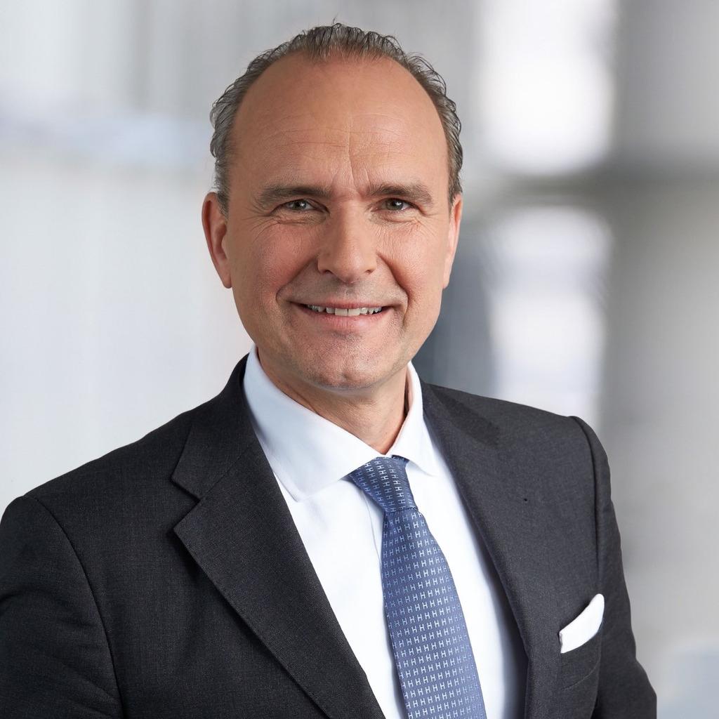 Christian hillermann inhaber hillermann consulting xing - Innenarchitekt kassel ...
