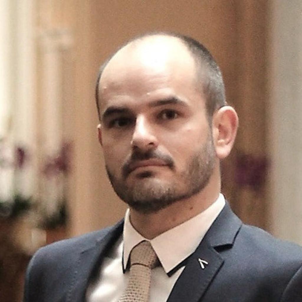 Laszlo Vorname