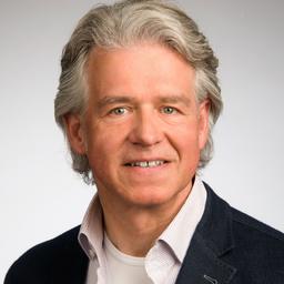 Prof. Dr. Matthias Raith