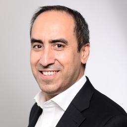 Claudio Kusnitzoff - IBM Research & Development GmbH - München