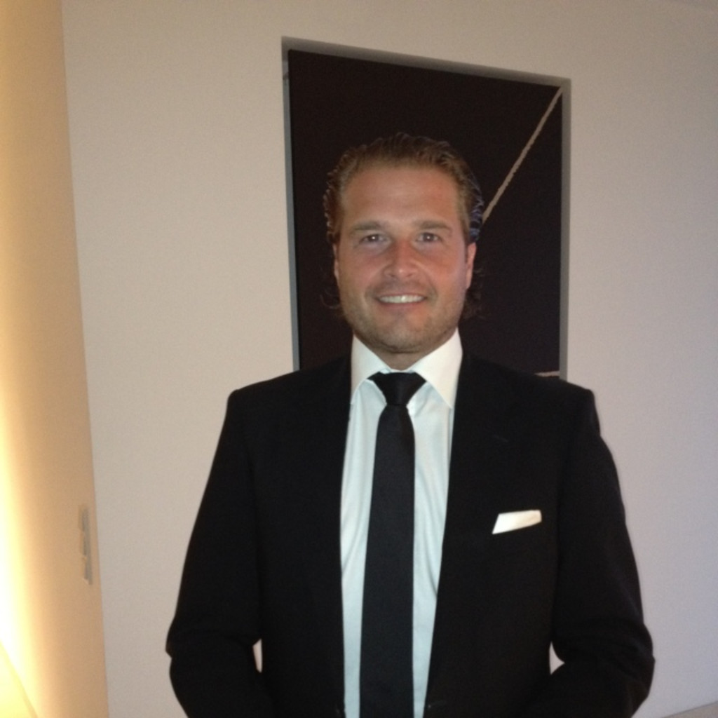 Stefan renner inhaber gesch ftsf hrer die for Zankl regensburg